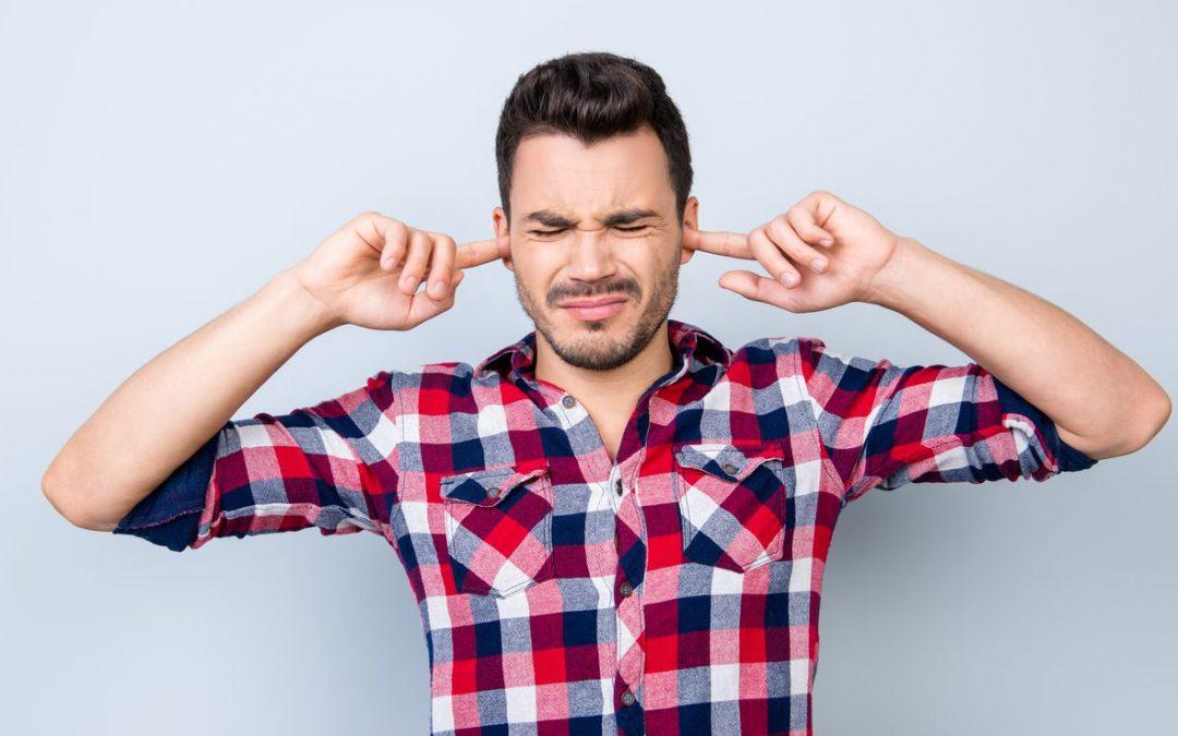 Daño auditivo por ruido ambiental o recreativo
